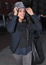 Розарио Доусон, фото 1468. Rosario Dawson leaves Da Silvano Restaurant in New York, december 23, foto 1468