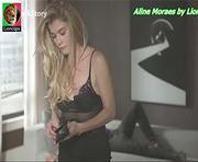 Aline Moraes sensual na novela Rock Story