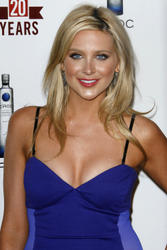 Stephanie Pratt shows great cleavage as she attends E! Television's 20th Birthday Celebration - Hot Celebs Home
