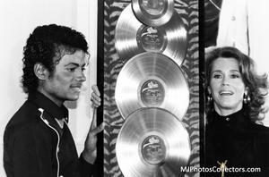 1983 Thriller Certified Platinum Th_947889891_med_gallery_8_119_1105890_122_215lo