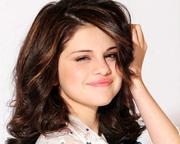 Selena Gomez - Cuteness - Mixed Quality Wallpapers Th_23417_tduid1721_Forum.anhmjn.com_20101130201931007_122_359lo