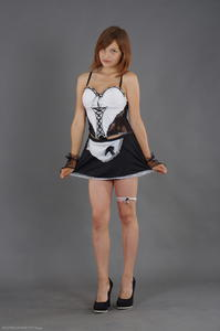Kira - Cosplay Maid (Zip)q63gndjuue.jpg