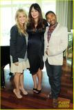 Lindsay Price Baby Shower with Sarah Michelle Gellar, Rebecca Romijn, Sara Rue, Tiffani Thiessen - Oct 2, 2011 (x28)