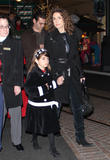 th_01178_melina_kanakaredes_christmas_shopping_tikipeter_celebritycity_001_123_691lo.jpg