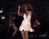 Photos de Beyonce avec différentes coupes de cheveux th 29115 beyonce mix tetra 221 123 892lo