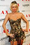 Here's Paris Hilton posing in her army-slut costume at club LAX Halloween night.... Foto 805 (��� ����� ������ ���������� � �� ����� ����� ������� � ����� LAX �������� ����� .... ���� 805)
