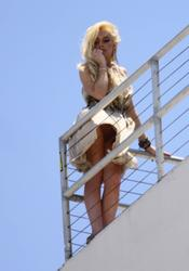 Линдси Лохан под домашним арестом  cosmocomua